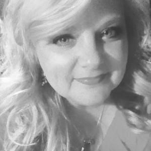 Lisa Burnette  Master Hair Stylist